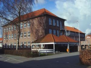 """Dänische Schule """"Hiort Lorenzen Skolen"""" in Schleswig© Maschinenjunge"""