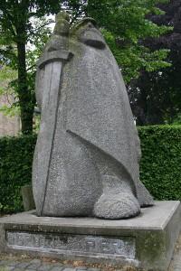 Kimswerd - Statue von Grutte Pier  © Nijeholt
